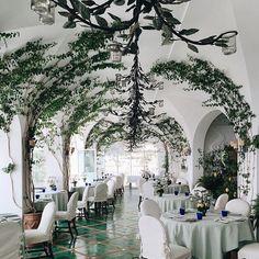 Favorite Restaurant Décor