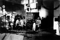 Our World – The World's First Ever Live Satellite TV Broadcast (1967) Included The Beatles & Marshall McLuhan