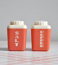 1950 Vintage Dark Pink Lustro Ware Salt & Pepper Shakers