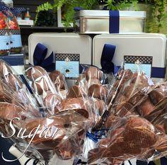 SUGAR Dessert, Candy and Cheese Tables. +521 722 6285892. MÉXICO.  #sweet #navyblue #blueparty #weddingideas #weddingfavors #chocolate #chocolatefan #chocolateaddict #candybuffett #delicious #dessertbuffet #partydecor #favorbags #mesasdepostres #mesasdedulces #quesos #ideasparabodas #buffetfrío #food #yummy  #amazing #photooftheday #sweet