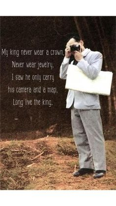 The King Bhumibol of Thailand is a keen photographer King Phumipol, King Rama 9, King Of Kings, King Queen, King Thailand, Queen Sirikit, Bhumibol Adulyadej, Great King, King Of Hearts