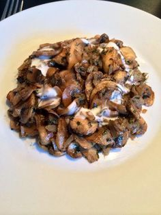 paprika, poivre, échalote, crême fraîche, champignon de Paris, vinaigre balsamique, noisette, persil, sel
