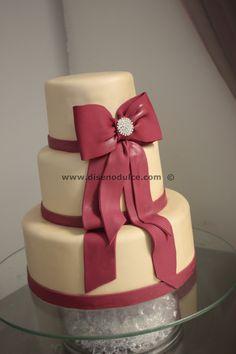 Fuschia Wedding Cake — Round Wedding Cakes