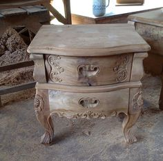 nighstand carving teak #nightstand Mahogany Furniture, Teak Furniture, Teak Wood, Hope Chest, Nightstand, Decorative Boxes, Carving, Handmade, Home Decor