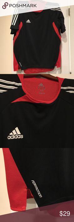 Adidas shorts sleeve black training shirt Black extra large Adidas formation training shirt Adidas Shirts Tees - Short Sleeve