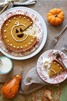 Pumpkin Pie Tart with Almond Crust #Recipe #GlutenFree