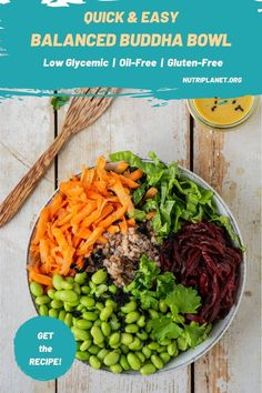 Learn how to make a filling balanced low glycemic vegan Buddha bowl with buckwheat, edamame beans, carrot, beetroot, and lettuce. And pour it over with a delicious oil-free salad dressing. #lowglycemicveganmeals #healthyveganmeals #wfpbrecipesnooil #easyveganlunch #easyveganrecipes #balancedbuddhabowl #healthybuddhabowl #glutenfreebuddhabowl
