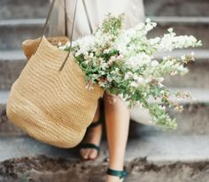 7 Easy Tips to Help You Live a More Organized, Intentional Life This Spring. Spring cleaning isn't just for overflowing closets. Here are some easy ways to cleanse the rest of your life.