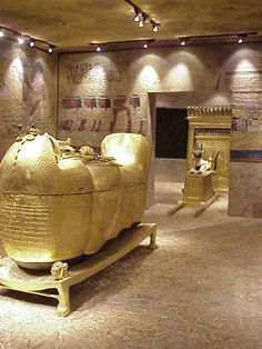 Replica of The Tomb of Tutankhamun. Exhibit at the Las Vegas Museum of Natural History.