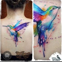 Watercolor Hummingbird Tattoo on Back by Ewa Sroka Mehr Soft Tattoo, Tattoo L, Back Tattoo, Time Tattoos, Body Art Tattoos, New Tattoos, Aquarel Tattoo, Hummingbird Tattoo Watercolor, Colorful Hummingbird Tattoo