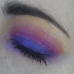 #eyemakeup #rainbow #makeup  #beauty #yellow #orange #pink #purple #glamour #sailormoon #inspired #magic