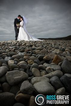 Wedding Photography, Newgale, Pembrokeshire. ©Ross Grieve Photography.