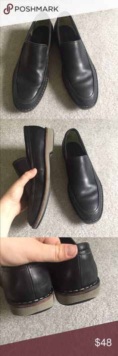 Cole Haan Men's Black Leather Loafers Black leather loafers are an essential for every men's wardrobe and this pair from Cole Haan in a size 11 is a perfect choice. Medium width with light wear/scratching throughout but no major flaws or damage. #colehaan #black #leather Cole Haan Shoes Loafers & Slip-Ons