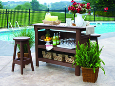 A DIY Outdoor Bar | outdoortheme.com