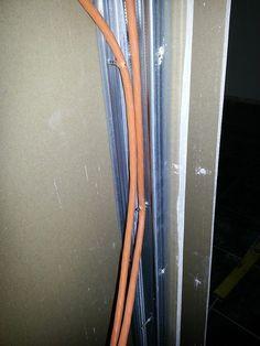 Und der diese Kabel befestigte.   32 Leute, die sich nicht für Details interessieren