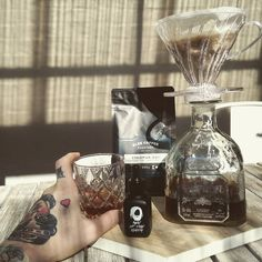 Day off essentials! Sunshine coffee from @gleecoffeeroasters and a bloody great beard oil! Check out @menofthenorth for the best beard products out there!  . . #thattattooedcoffeeguy #menofthenorth #beard #beardsandtattoos #hario #hariov60 #pourover #alte