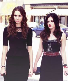 Pretty Little Liars-funeral style Pretty Little Liars Aria, Pretty Little Lairs, Pll, Emily Fields, Spencer Hastings, Lucy Hale, Actors & Actresses, Peplum Dress, Style Inspiration