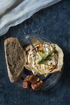 Camembert rôti au miel - Notre carnet de comfort food d'automne - Elle à Table