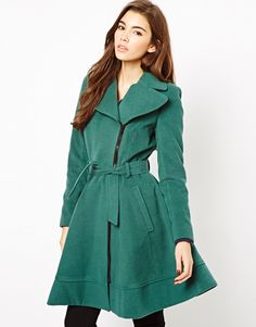 Love this flared coat! The fact that it's flared, and the color! mwah!