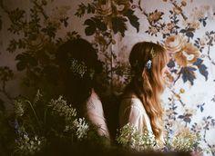 Kinfolk Winter Flowers Amy Merrick: Florist/Stylist Parker Fitzgerald: Photographer