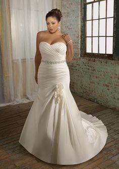 Customize-elegant-handmade-quality-fashion-Fat-people-plus-size-wedding-dresses-mopping-the-floor-formal-dress.jpg (600×850)