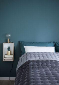 What You Must Consider for Cozy Bedroom Lighting - Home to Z Interior Design Bedroom, Interior Design, Modern Bedroom Design, Bedroom Colors, Bedroom Green, Home, Bedroom Design, Bedroom Design On A Budget, Modern Bedroom