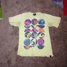 Tshirt Quicksilver brand Tshirt Quiksilver Tops Tees - Short Sleeve