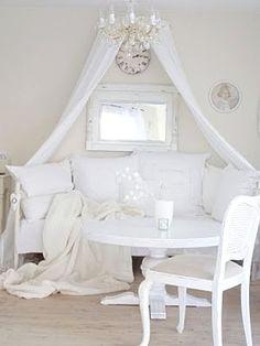 delicados-doseles-decoracion-salones-zonas-estar-2.jpg (400×533)