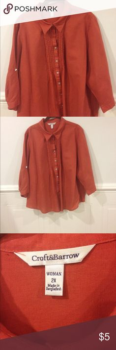Croft &Barrow 2X blouse good condition Size 2X Croft and Barrow blouse sleeves can be worn up good condition croft & barrow Tops Blouses