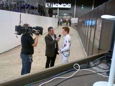 Interview de Patrick Looser par Pascal. Le voltigeur suisse s'apprête à faire ses adieux à la compétition. C'était son avant-dernier passage et sa nervosité était palpable...