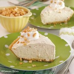 Gooseberry Patch Peanut Butter Pie Recipe~~ add some choc drizzle and caramel drizzle as well....oh yummy!!!