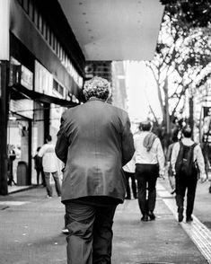 """""""De muito gorda a porca já não anda...De muito usada a faca já não corta""""      #detalhesaopaulo #splovers #saopaulowalk #tvminuto #spdagaroa #365diasSP #omelhorclick #splovers #babiloniazeroonze #vejasp #olharesdesampa #bbcbrasil #archsp #brasil #meuclicksp #saopaulo #saopaulocity #ig_spnafoto #catracasp #streetphoto_brasil #sp4you #spmilgrau #splovers #euvivosp #amorpaulista #ig_saopaulo #cidadedagaroa #omelhorclick #mostreseuolhar  #ig_detalhebrasil"""