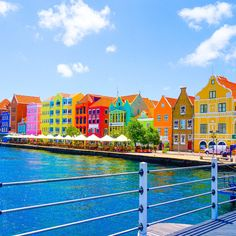 Things to do in Curacao: 10 Tips on the beautiful Caribbean island for vacation travel, food and hotels, and a fun trip, including Willemstad colorful photos! Beaches In The World, Places Around The World, The Places Youll Go, Places To Visit, Around The Worlds, Vacation Trips, Vacation Travel, Travel Plan, Cruise Vacation