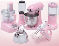 as much as i love pink. i want a red kitchen... i need this in red