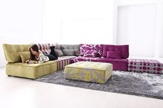 Fama has some great ideas for living room furniture - the Arianna low seating sofas with a certain 80's vibe. With its casual low seating and funky possibilities, Arianna...