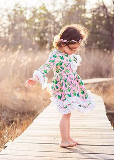 Love, love, love this pink cactus print dress for little girls! It is so sweet with the lace trim, and I could even see it being a swet flower girl dress for a boho cactus and succulent themed wedding! (Or for the birthday girl at cactus and succulent birthday party?)