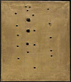 LUCIO FONTANA Concetto spaziale, 1960 Gold on pink oil on canvas 20 1/2 × 17 7/10 in 52 × 45 cm, Robilant + Voena