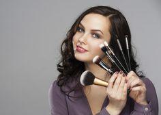 6 tips de maquillaje para mujeres de pelo oscuro