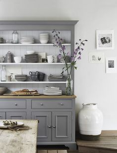 kitchen makeovers Check out this 20 small kitchen remodel ideas. If you are limited with small kitchen size and confused how to maximize it, this post will inspire you. Kitchen Dresser, New Kitchen Cabinets, Kitchen Furniture, Kitchen Decor, Island Kitchen, Kitchen Buffet Cabinet, Buffet Hutch, Cupboards, Kitchen Ideas