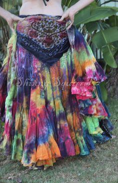 25 or 32 yard tribal dark rainbowcotton belly dance Belly Dance Skirt, Tribal Belly Dance, Tribal Fashion, Boho Fashion, Ankara Fashion, Africa Fashion, Gothic Fashion, Estilo Tribal, Tribal Skirts