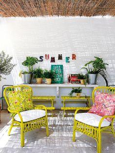 Muebles de exterior en amarillo