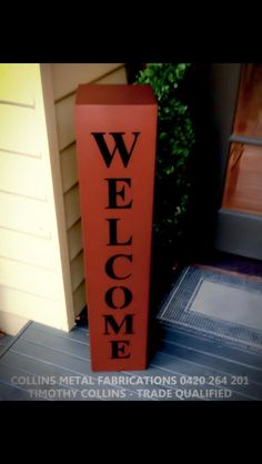 Welcome stand powder coated in core-ten