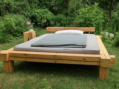 When she puts the bed you made for your anniversary in the side yard.picy up thy bed and walk! Leather Platform Bed, Queen Size Platform Bed, Diy Platform Bed, Modern Platform Bed, Diy Pallet Furniture, Furniture Design, Platform Bed Designs, Diy Bed Frame, Bed Frames