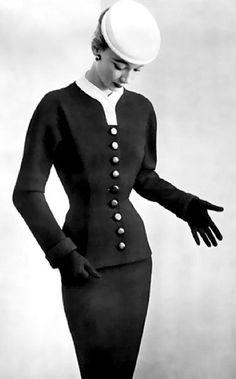 b3852c1e9a0 Balenciaga - Vintage - Tailleur Cintré - 1952 Balenciaga Vintage