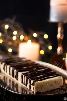 Turrón de Nata y Nueces, para los que disfrutan de los sabores tradicionales - Jaleo en la Cocina Xmas Food, Chocolates, Cake, Desserts, Vintage, Ideas, Culinary Arts, Nougat Recipe, Finger Foods
