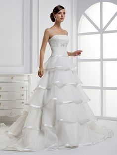 Strapless Ball Gown Organza wedding dress  Read More:     http://www.weddingscasual.com/index.php?r=strapless-ball-gown-organza-wedding-dress.html
