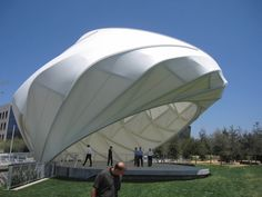 View photographs of the Central Park At Playa Vista Bandshell project in Los Angeles, CA in FabriTec Structures tensile membrane structure project portfolio Shell Structure, Membrane Structure, Fabric Structure, Futuristic Architecture, Landscape Architecture, Interior Architecture, Tensile Structures, Outdoor Stage, Tent Design
