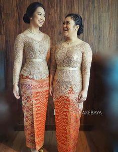New Fashion African Traditional Wedding Dresses 65 Ideas Kebaya Modern Hijab, Model Kebaya Modern, Kebaya Muslim, African Traditional Wedding Dress, Myanmar Traditional Dress, Traditional Dresses, Kebaya Lace, Kebaya Dress, Kebaya Brokat