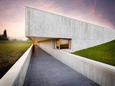 Nouveau crématorium « Uitzicht » à Courtrai - Furnibo