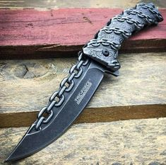 Survival knife for sale at wholesale rates. Explore our fantastic collection and buy survival knife in bulk at reduced prices. Pretty Knives, Cool Knives, Swords And Daggers, Knives And Swords, Ninja Weapons, La Forge, Dagger Knife, Best Pocket Knife, Tactical Knives